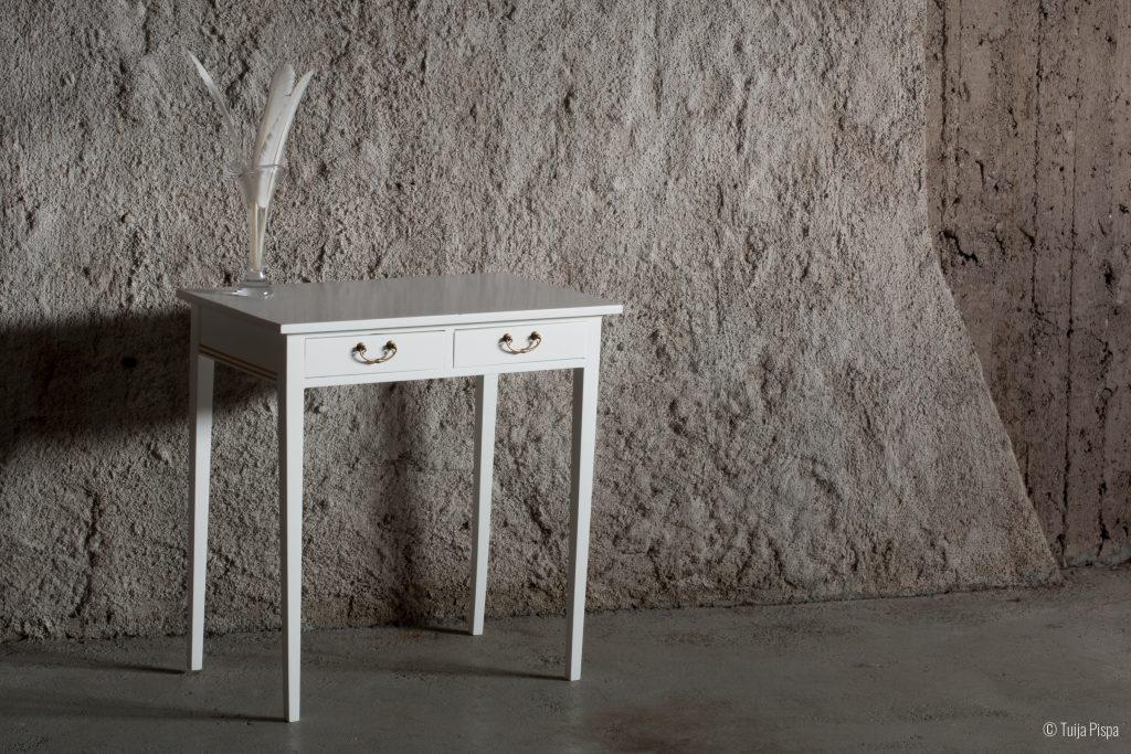 Kampauspöytä ©Tuija Pispa